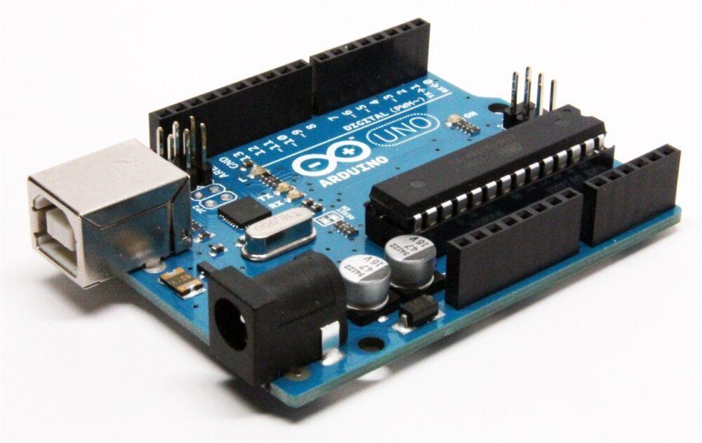 Умные устройства на платформе Arduino.